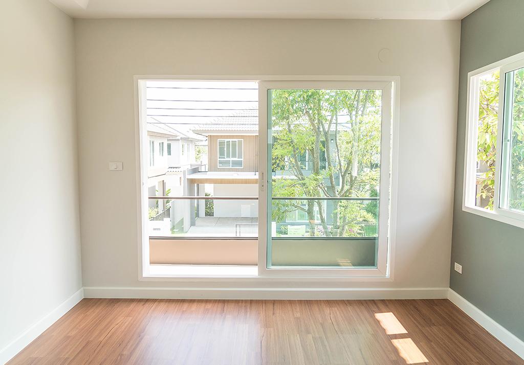 Cambiar puertas y ventanas reforma venta vivienda